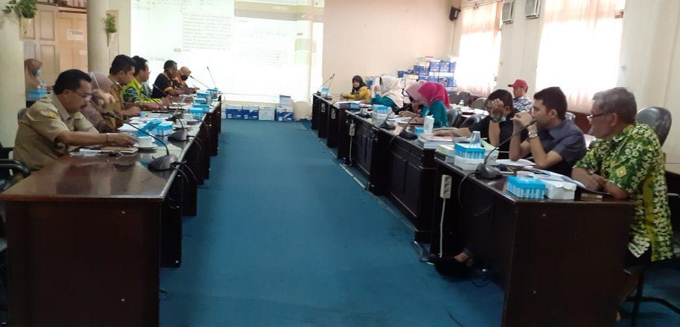 Rapat Kerja Komisi II bersama Perusda BPR Tanjung Bersinar